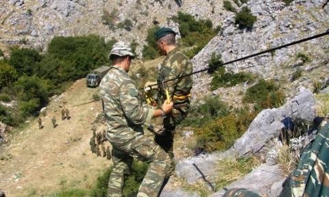 Στρατός Ξηράς: Εκπαίδευση Μονάδων Καταδρομών (pics)