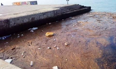 Από τον νεροχύτη ...στον Θερμαϊκό: Γιατί μολύνεται ο κόλπος της Θεσσαλονίκης