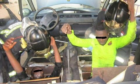 Ισπανία: Μετανάστες βρέθηκαν σε άθλια κατάσταση κρυμμένοι κάτω από καθίσματα αυτοκινήτου (vid)