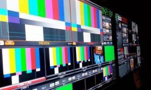 ΝΔ: «Βαβέλ» από την κυβέρνηση για τις απολύσεις στα κανάλια