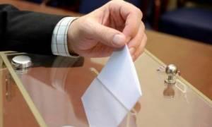 Δημοσκόπηση – κόλαφος για την κυβέρνηση: Προηγείται με 10 μονάδες η ΝΔ