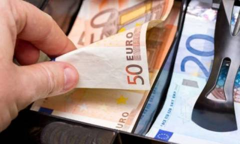 ΦΠΑ: Οικονομική «αιμορραγία» για τα κρατικά έσοδα