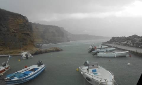 Κακοκαιρία: Συγκλονιστικές φωτογραφίες από την καταιγίδα στην Κεφαλονιά