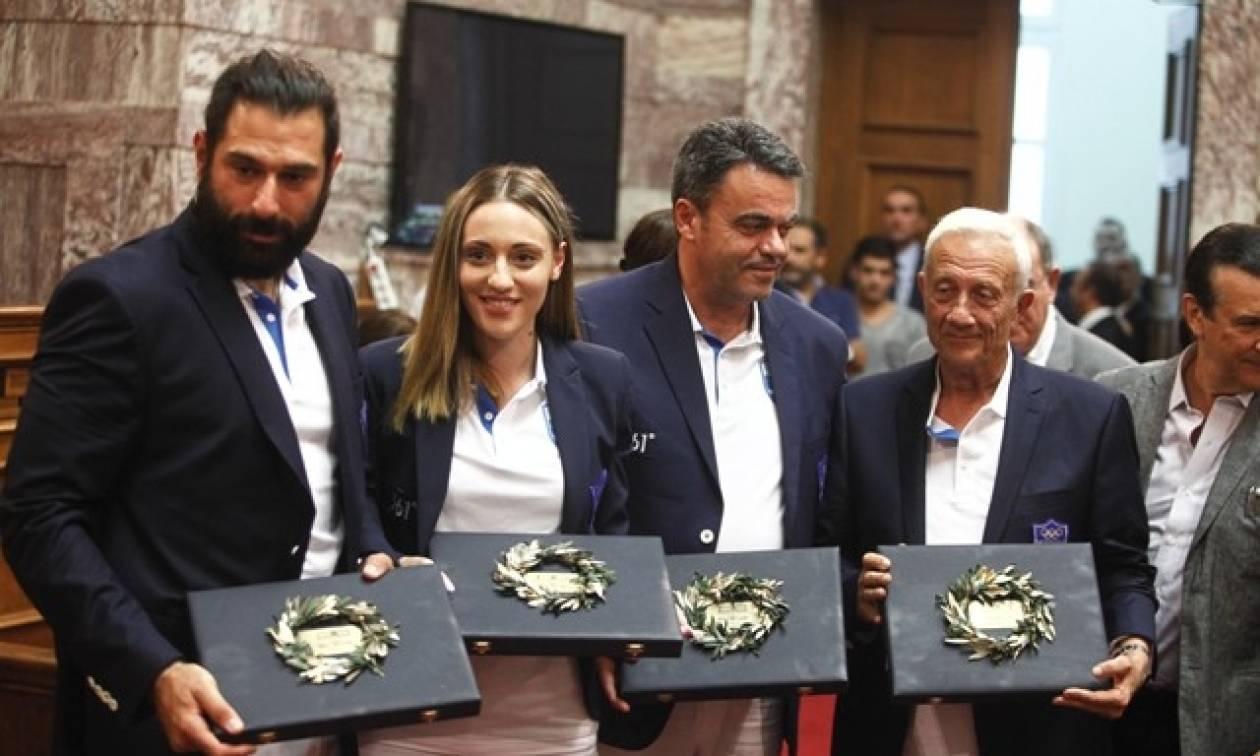 Βουλή: Τη συμπαράσταση της Πολιτείας ζήτησαν οι αθλητές των Ολυμπιακών Αγώνων