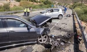 Τραγωδία στην Εύβοια! Ένας νεκρός και τρεις τραυματίες σε τροχαίο στο Αλιβέρι