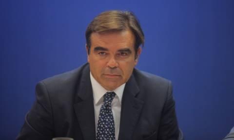 Τηλεοπτικές άδειες: Καμία αρμοδιότητα της Κομισιόν στο θέμα της αδειοδότησης