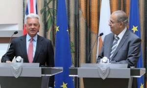 Συνάντηση Κασουλίδη-Ντάνκαν: Συζήτησαν Brexit, Κυπριακό και διμερείς
