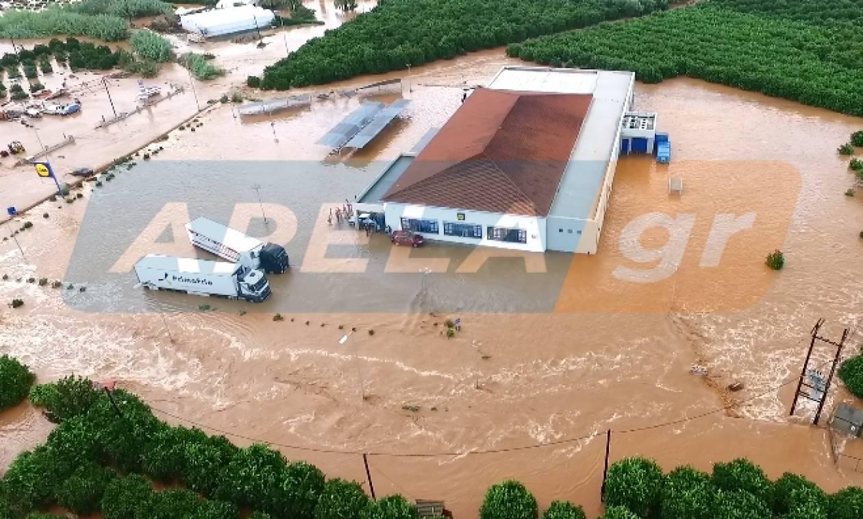 Απίστευτες σκηνές στην Λακωνία: Ελικόπτερο απεγκλώβισε 25 ανθρώπους από σούπερ μάρκετ