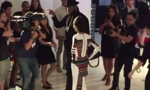 Νέα Υόρκη: Μοντέλο θύμα επίθεσης με οξύ, άνοιξε την εβδομάδα μόδας (vid)