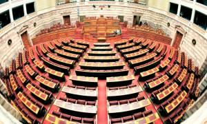 Ψηφίστηκε στη Βουλή το νομοσχέδιο για τα καπνικά προϊόντα