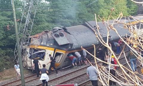 Εκτροχιασμός τρένου στην Ισπανία: «Πολλοί οι νεκροί» σύμφωνα με την εταιρεία (Pics & Vid)