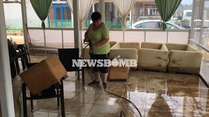 Η Νέα Μηχανιώνα μετρά τις πληγές της από τη θεομηνία - Αυτοψία του Newsbomb.gr (pics+vid)