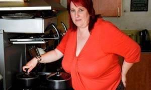 Σοκάρει η εξομολόγησή της: «Πήγε να με σκοτώσει το 19 κιλών στήθος μου» (photo)