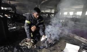 Φωτιά σε εργοστάσιο στο Μπαγκλαντές - Τουλάχιστον 23 νεκροί