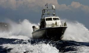 Ρόδος: Επεισοδιακή καταδίωξη διακινητών από σκάφος του Λιμενικού