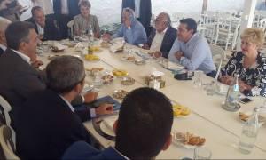 ΔΕΘ: Ο Τσίπρας έκανε το τραπέζι σε Μπουτάρη και Τζιτζικώστα – Τι είχε το μενού (pics&vid)