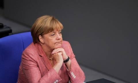 Δεν τη θέλουν! Δημοσκόπηση-κόλαφος για τη Μέρκελ σε σύγκριση με τον Βαυαρό Ζέεχοφερ
