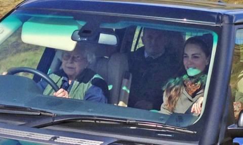 Βρετανία: Η Κέιτ πάει πικ νικ με σοφέρ... τη Βασίλισσα Ελισάβετ!