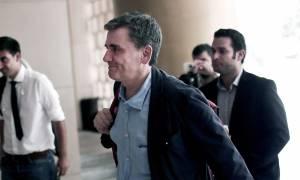 «Κόκκινο πανί» για τους δανειστές οι τρεις Έλληνες του Υπερταμείου