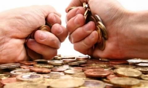 Κατασχέσεις - εξπρές και μπλοκάρισμα λογαριασμών για οφειλές κάτω των 5.000 ευρώ