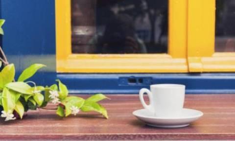 Τιμοκατάλογος καφενείου... Πληρώνεις ό,τι ψήφισες (photo)
