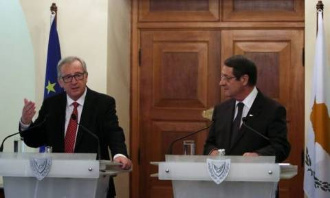 Γιούνκερ για Κυπριακό: Η ΕΕ είναι η κινητήρια δύναμη που μπορεί να οδηγήσει στην επανένωση