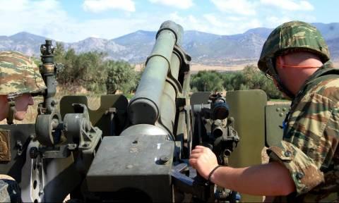 Στρατός ξηράς: Εκτέλεση Βολών Πυροβολικού στη ΣΠΒ (pics)
