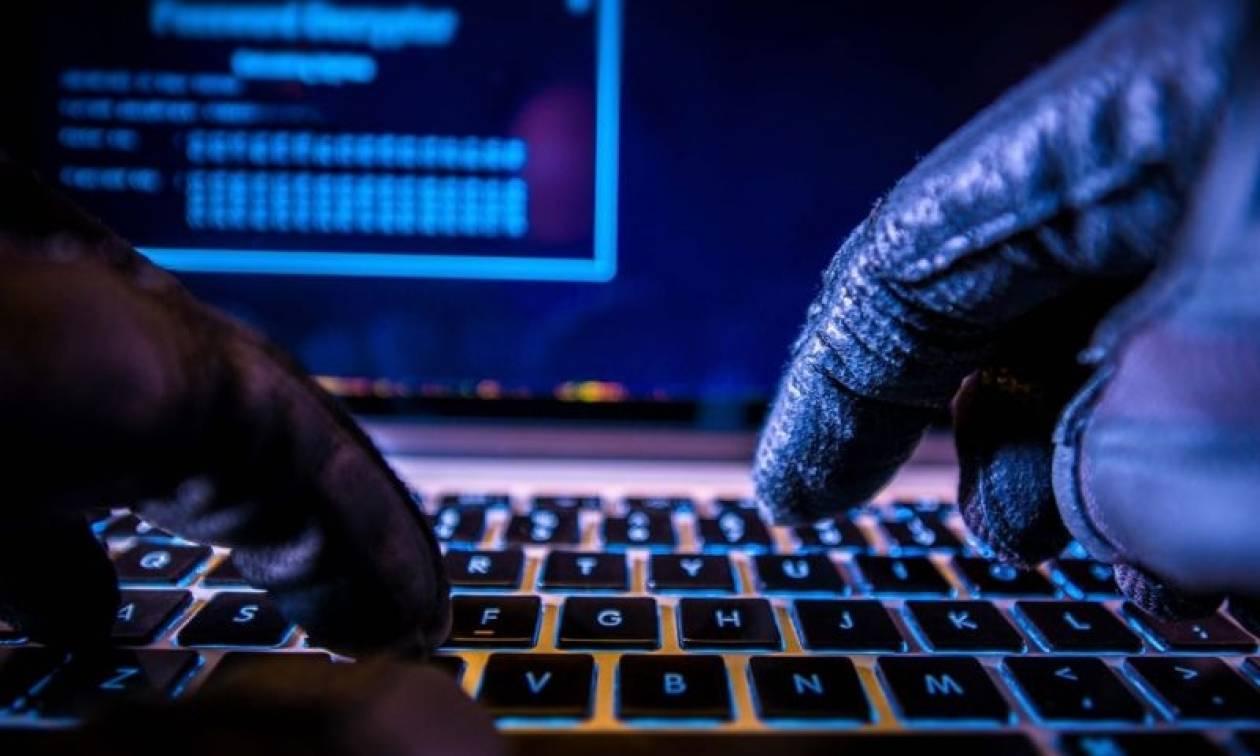 ΗΠΑ: Συναγερμός στους Δημοκρατικούς - Χάκερς έχουν διεισδύσει ηλεκτρονικά και υποδύονται τα στελέχη