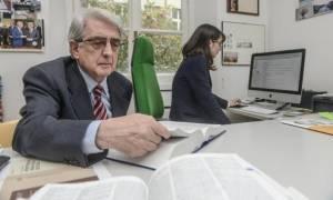 «Κύριε Φίλη, καταλύετε την ελληνική γλώσσα και τον πολιτισμό!»