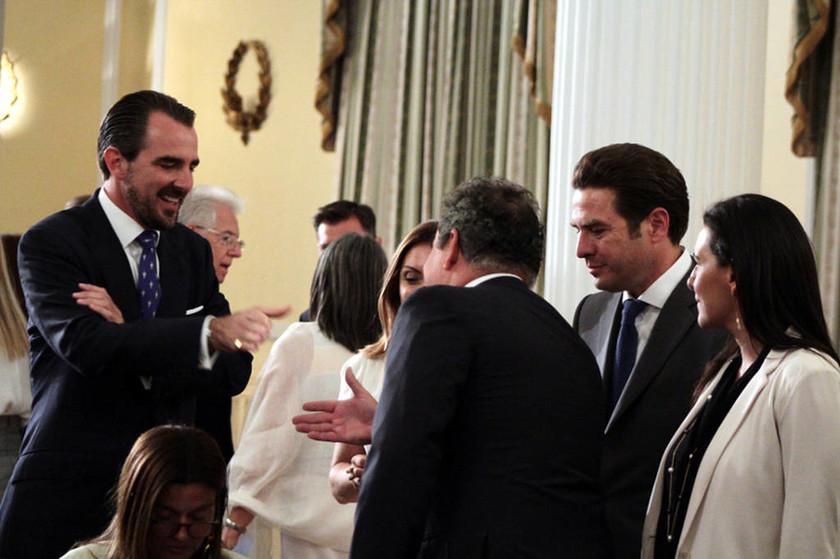 Στο Προεδρικό Μέγαρο για πρώτη φορά ο γιός του τέως βασιλιά (pics)
