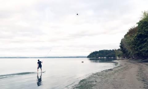 Drone surfing: Δείτε τη νέα «τρέλα» που έρχεται από την Αμερική (Vid)