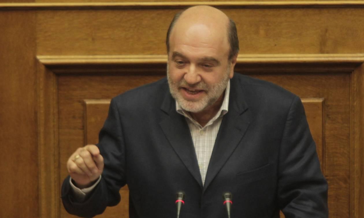 Αλεξιάδης κατά Μητσοτάκη: Να μας πει που θα βρει τα χρήματα για τις εξαγγελίες του