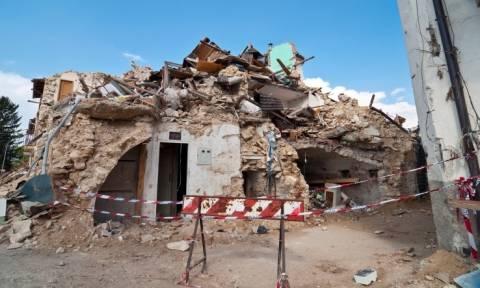 Η αστυνομία της Ιταλίας προειδοποιεί: Απατεώνες αποσπούν δωρεές για τα θύματα του σεισμού