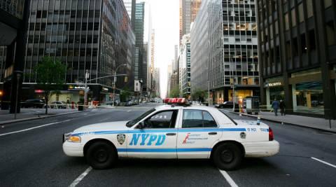ΗΠΑ: 18 πυροβολισμοί για να συλληφθεί ένας άνδρας οπλισμένος μόνο με μαχαίρι (Vid)