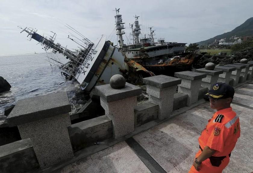 Φονικός τυφώνας χτύπησε την Κίνα (Pics)