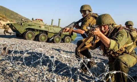 Ο ρωσικός στρατός ανέπτυξε την 150 Μ/Κ Μεραρχία πεζικού στα σύνορα με Ουκρανία! (video)