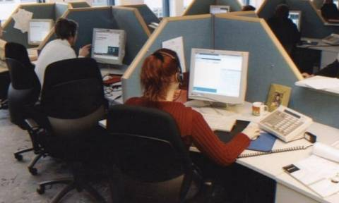 Ανοίγει ο δρόμος για χιλιάδες μονιμοποιήσεις στους ΟΤΑ