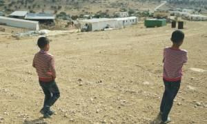 Ισραήλ: Βεδουίνοι κρατούσαν αλυσοδεμένο και γυμνό για 15 χρόνια έναν άνδρα σε αποθήκη