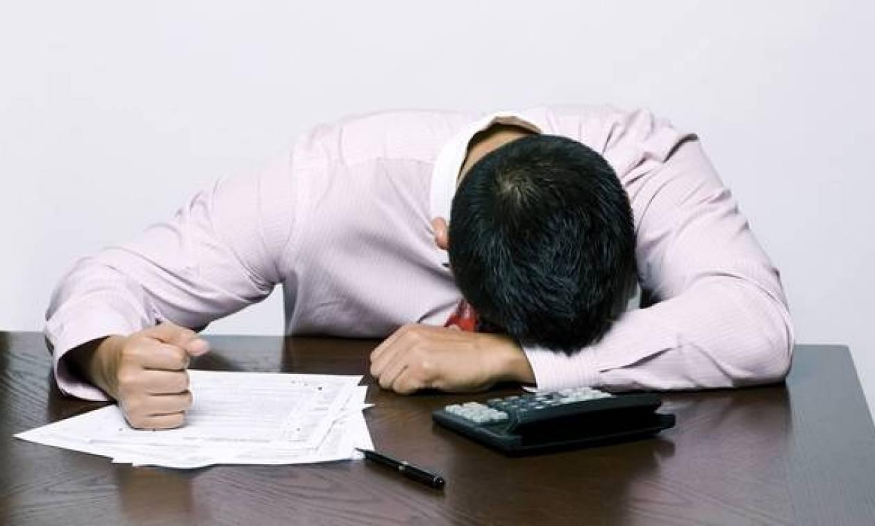 Στοιχεία - σοκ για τους εργαζόμενους: Απογειώνεται η ανεργία, κατακρεμνίζεται το εισόδημα