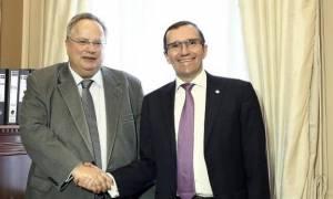 Συνάντηση Κοτζιά - Έιντε: Λύση στο Κυπριακό χωρίς εγγυήσεις και ξένα στρατεύματα