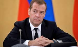 Медведев: экономика России, несмотря на предсказания Обамы, избежала худшего сценария