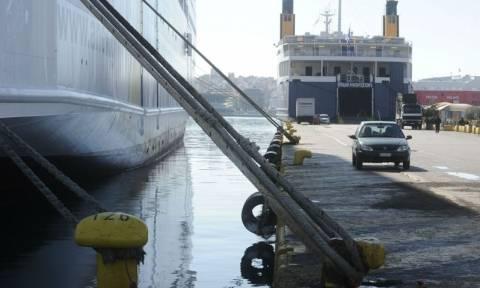 Μέχρι πότε θα είναι δεμένα τα πλοία στα λιμάνια