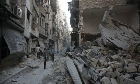 Συρία: Σφοδρός βομβαρδισμός του Χαλεπίου από ρωσικά αεροσκάφη για δεύτερη συνεχή ημέρα (Vid)