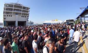 Άκυρος ο διαγωνισμός ναύλωσης πλοίου για τη φιλοξενία προσφύγων στη Μυτιλήνη
