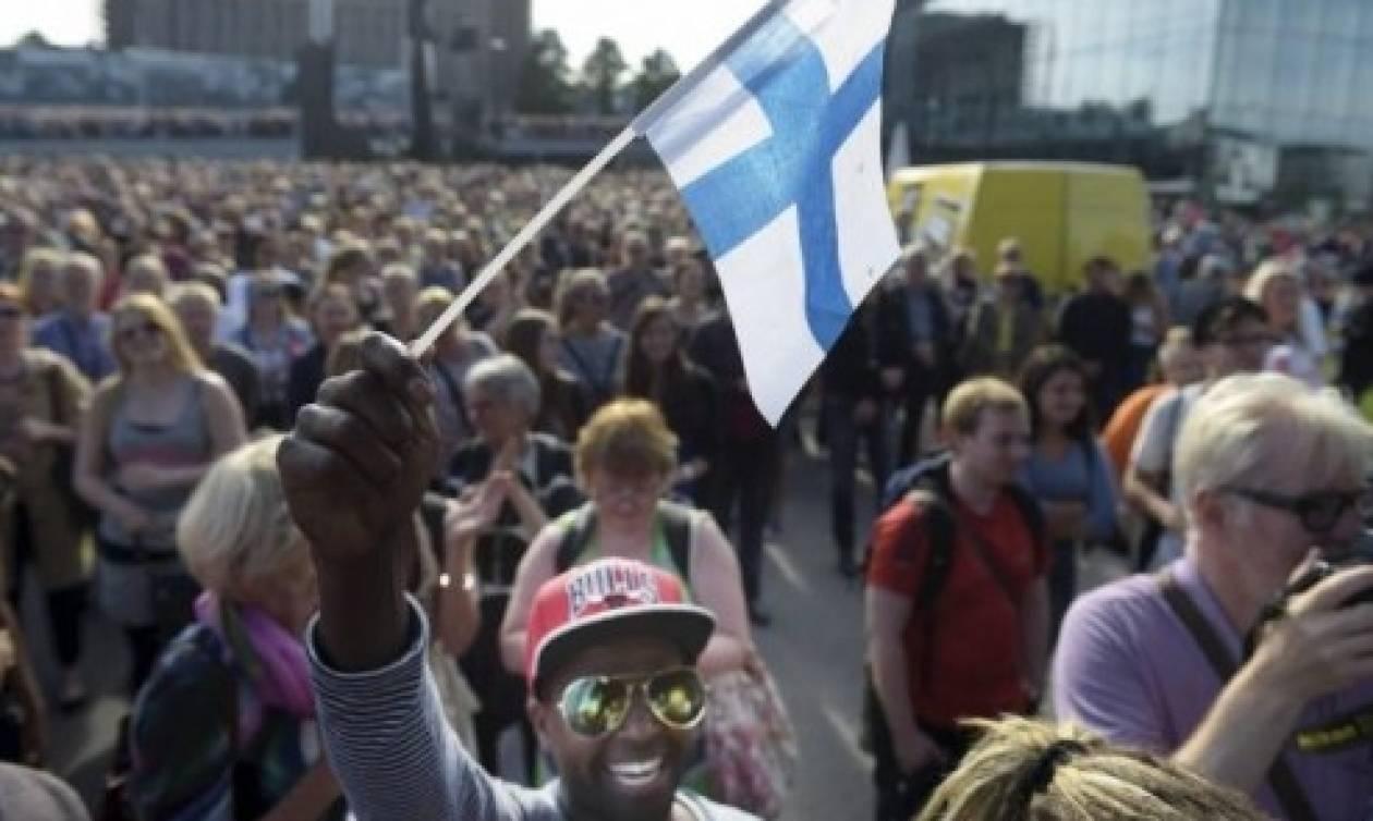Στο δρόμο του Ελσίνκι 15.000 διαδηλωτές κατά του ρατσισμού