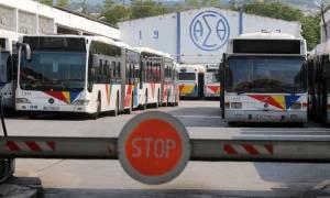 Θεσσαλονίκη: Αμετακίνητοι στις θέσεις τους οι εργαζόμενοι του ΟΑΣΘ - Συνεχίζουν την επίσχεση