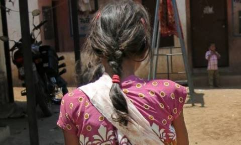 Σοκ: 11χρονη πουλήθηκε ως σκλάβα έναντι 15 δολαρίων
