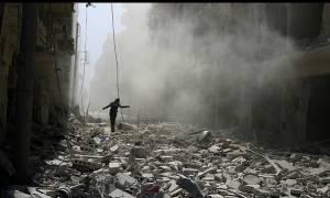 Συρία: 30 γιατροί για 250.000 πολιορκημένους στο σφυροκοπούμενο Χαλέπι