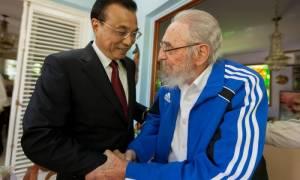Κούβα: Ξανά στο προσκήνιο ο Φιντέλ Κάστρο