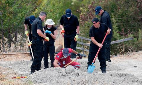 Ραγδαίες εξελίξεις στην υπόθεση Μπεν: Εκατοντάδες οστά ανακαλύφθηκαν στην Κω - Δείτε φωτογραφίες